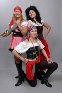 Pirate Girl Group Costumes